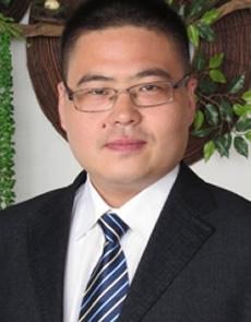 法律顾问 陈平