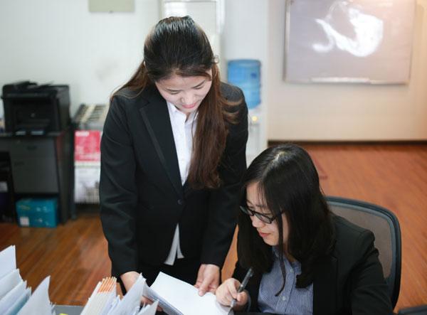 天荣房产律师团队