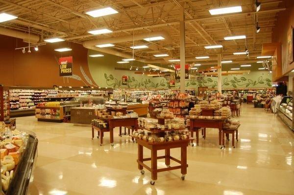 超市货架摆放技巧