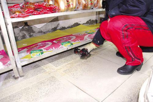 超市貨架如何清潔?超市貨架髒了咋辦?