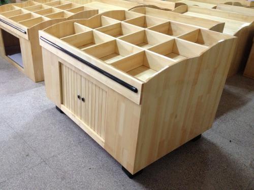 木质品货架在超市货架中的使用要点