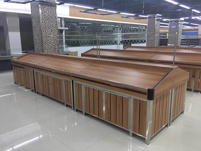柘城县佰岗镇王楼寨喜迎门购物广场商超货架案例