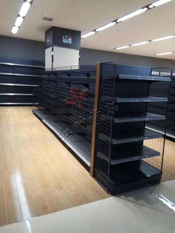 商丘某購物廣場商超貨架案例