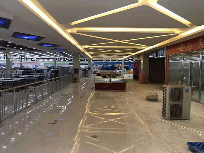 商丘虞城木兰家天下购物广场超市货架案例外部走廊