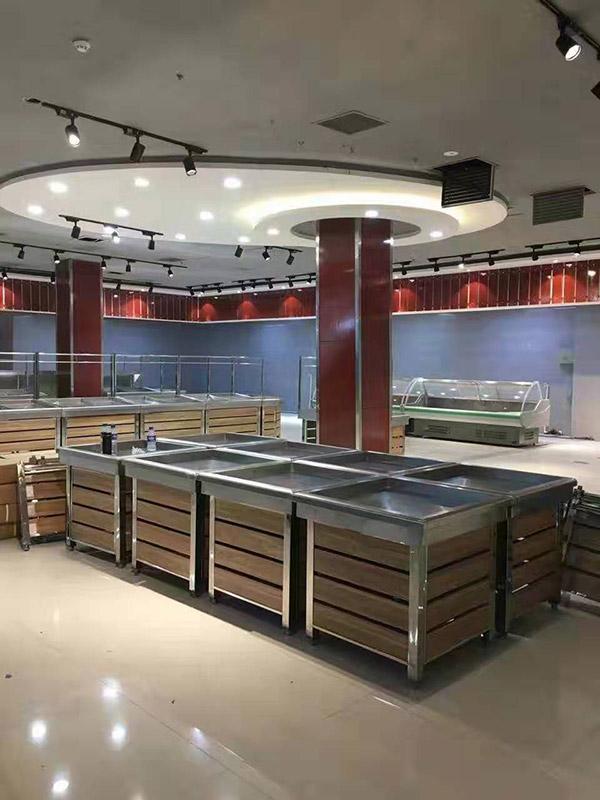 河北邯郸大润发超市促销台