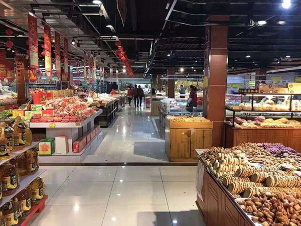 山東省濟寧市鄒城縣太平鎮青田聯華購物廣場超市貨架案例