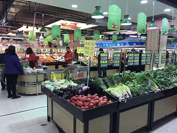 河北邯郸大润发超市生鲜架