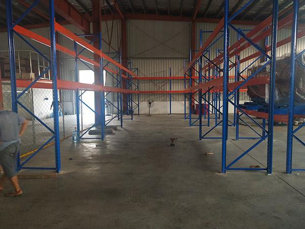 許昌襄城縣天戈產業園倉儲貨架案例