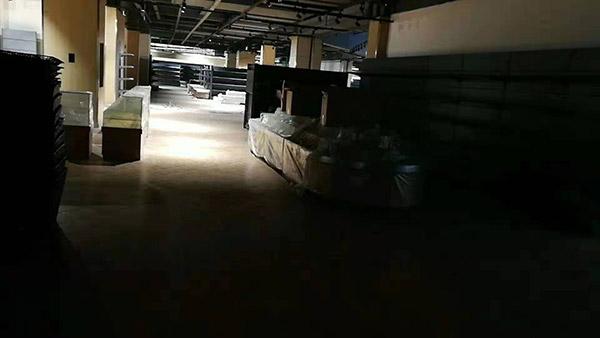 開封蘭考世紀華聯桐城國際綜合購物中心商超貨架案例