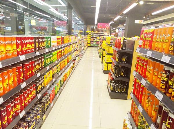 超市貨架與燈光需要哪些技巧才能更好搭配