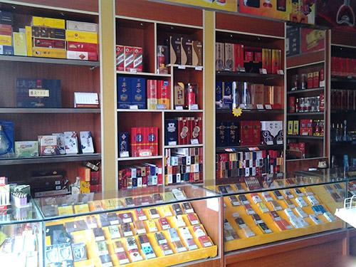 超市放煙的貨架要多少錢