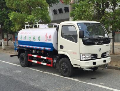 东风多利卡5吨-8吨洒水车