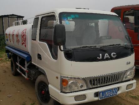 东风天锦洒水车15吨